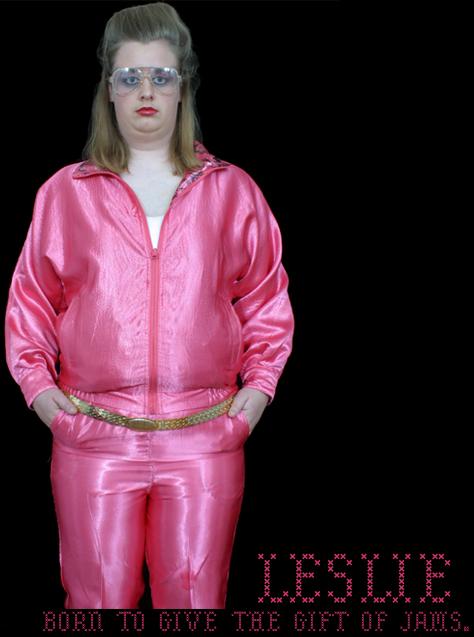 leslie_in_pink